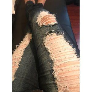 Fashion nova distressed blue jeans